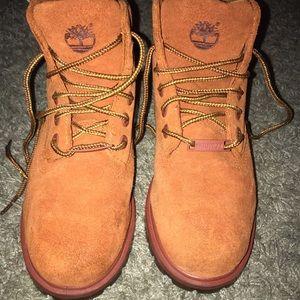 Boys Timberland boots size 13